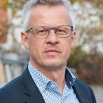 Dr. Ralph Neuberth